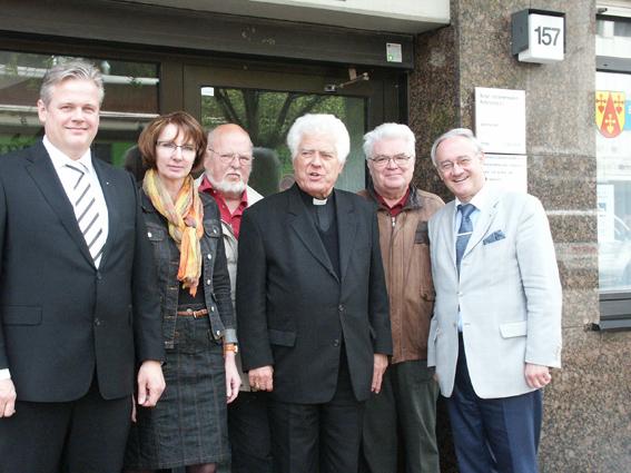 Besuch von Weihbischof Franz Grave